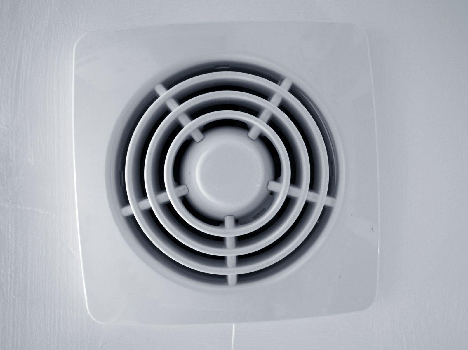 Bathroom fan sizing chart - Position Your Bathroom Exhaust Fan Where It Is Most Useful