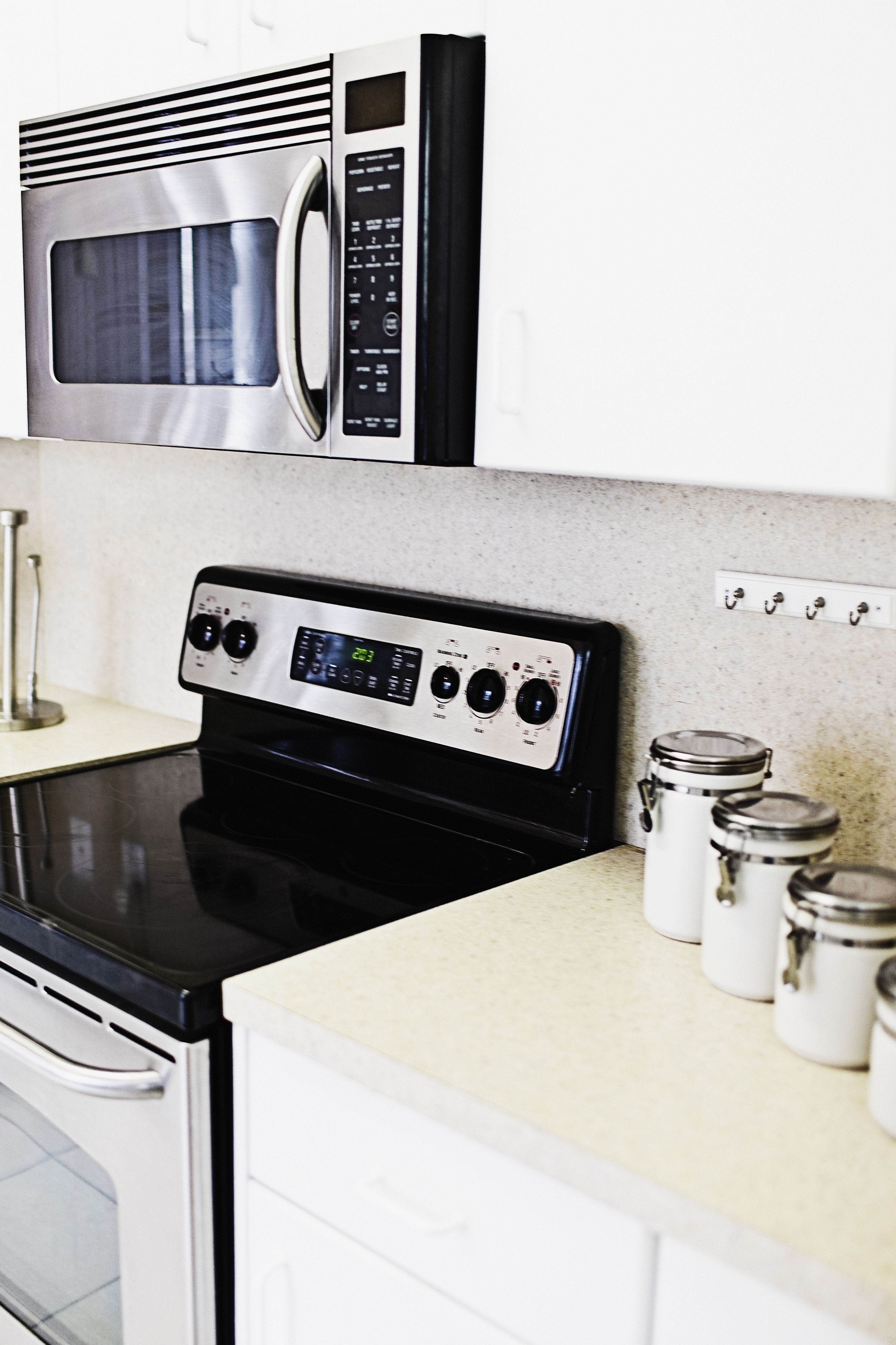 Installing an over the range microwave - 10 Steps To Installing An Over The Range Microwave Oven With Vent Fan