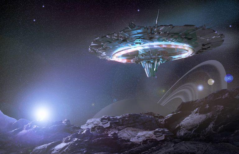 UFO / Flying Saucer / Alien Spaceship
