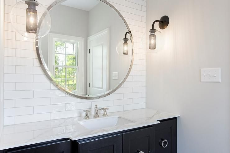 20 Exquisite Bathrooms That Unleash The Beauty Of Black: 13 Beautiful Bathrooms With Large Mirrors