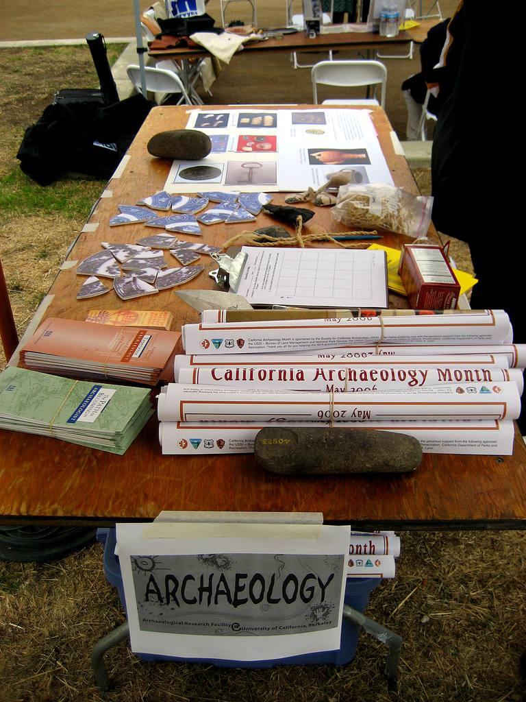 Public Archaeology Table, Peralta Hacienda Historical Park