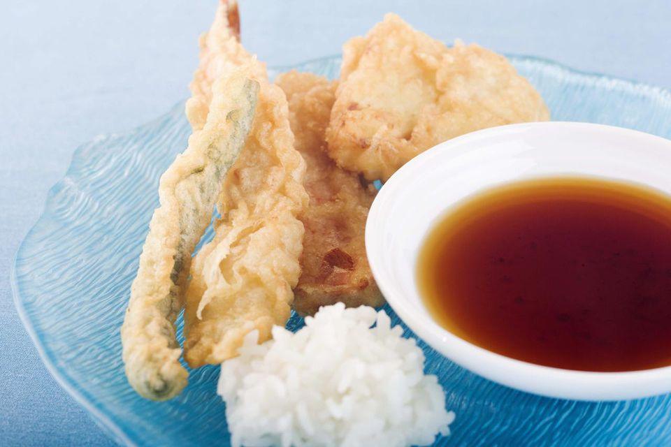 Tempura with dipping sauce