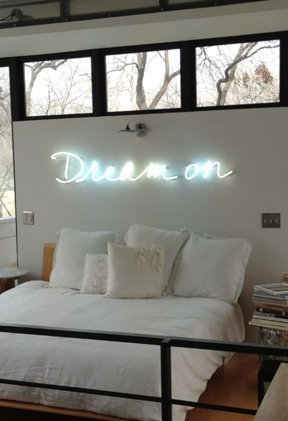 10 ways to light up your space with neon signs for Room decor neon signs
