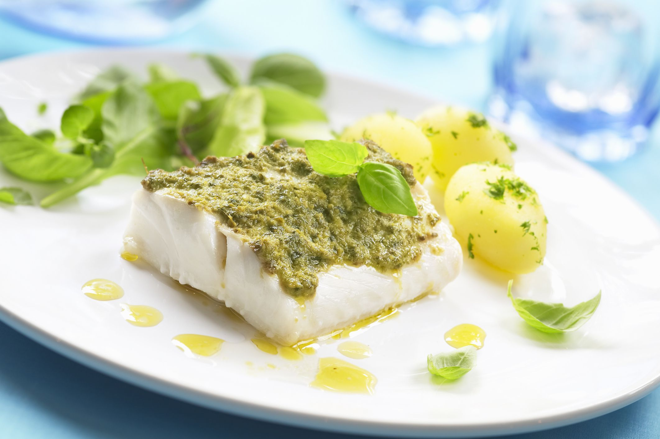 Herbs That Taste Great On Fish And Seafood