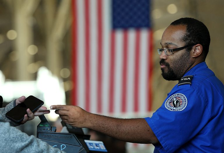 job duties and work environments for tsa security officers - Transportation Security Officer