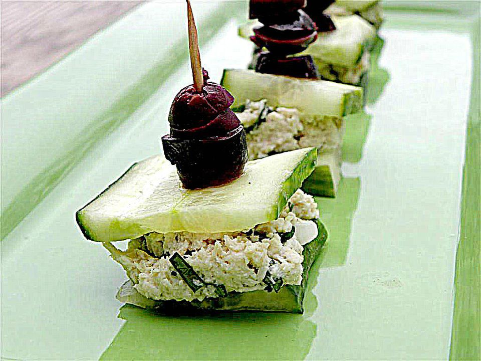 chicken salad cucumber bites