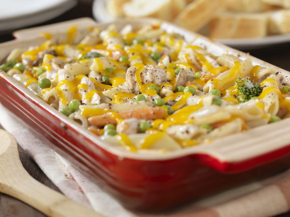 Chicken and macaroni bake