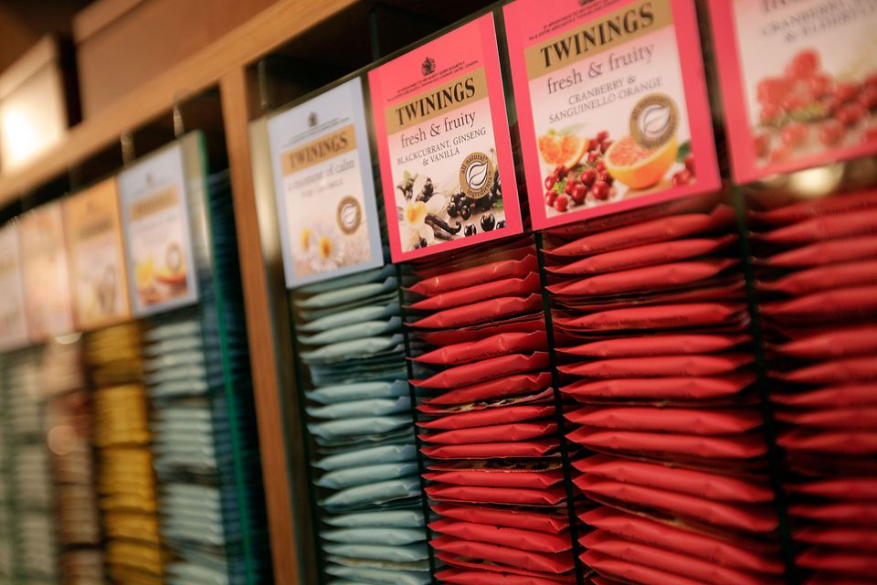 Rows of tea bags