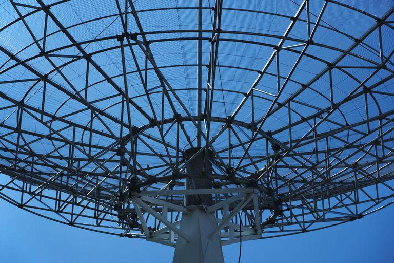 communication radar against blue