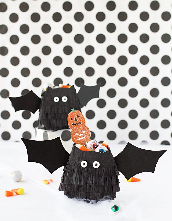 DIY Bat Treat Bags