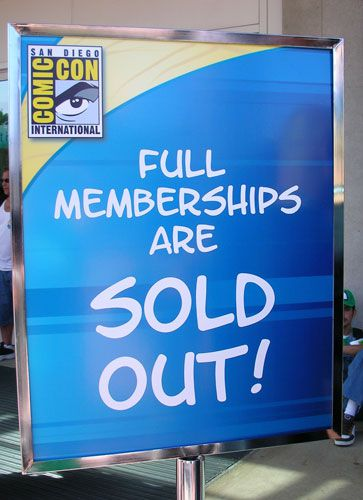 4-day memberships and Saturday 1-day passes for San Diego Comic-Con 2007 were sold out