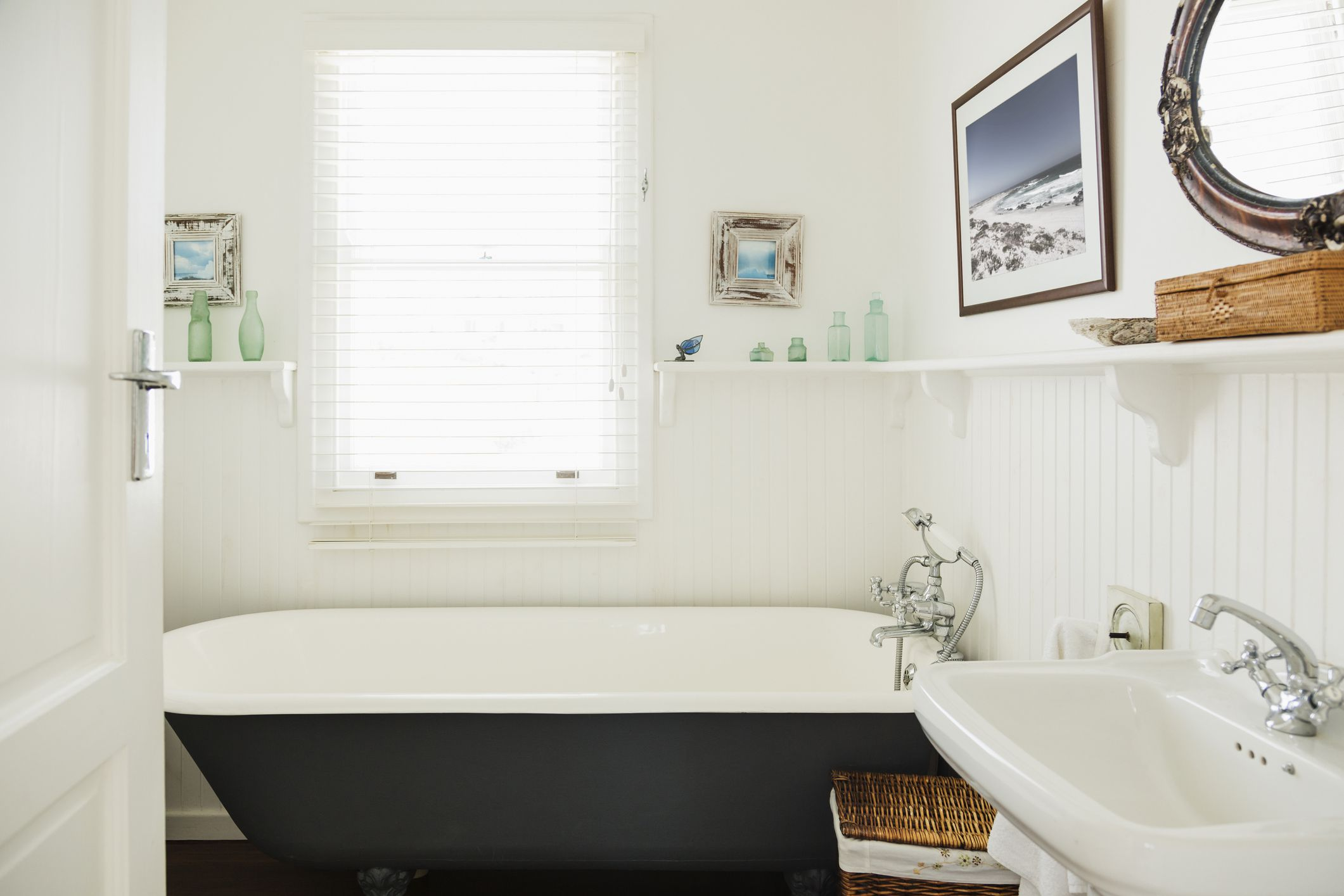 5 feng shui tips for a kitchen facing the bathroom how to fix the bad feng shui of a bathroom facing the front door rubansaba