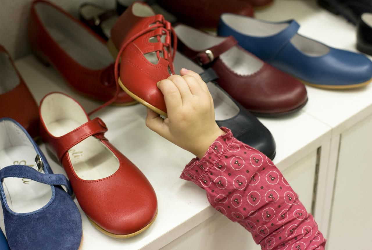 International shoe size conversion for women childrens international shoe size conversion chart geenschuldenfo Image collections