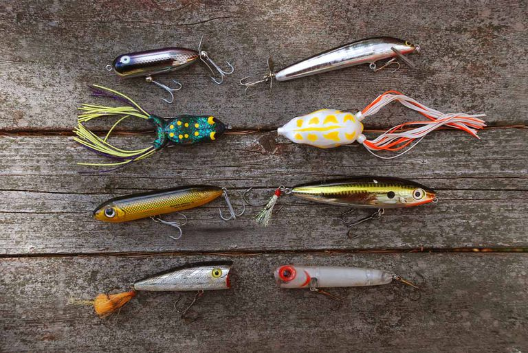 When to use topwater lures for bass for Best lures for river fishing