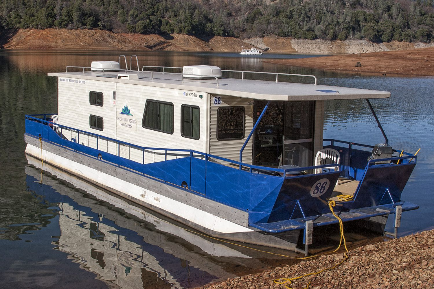 How to Rent a Lake Shasta Houseboat: Know Before You Go