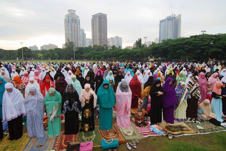 Muslims celebrate the end of Ramadan