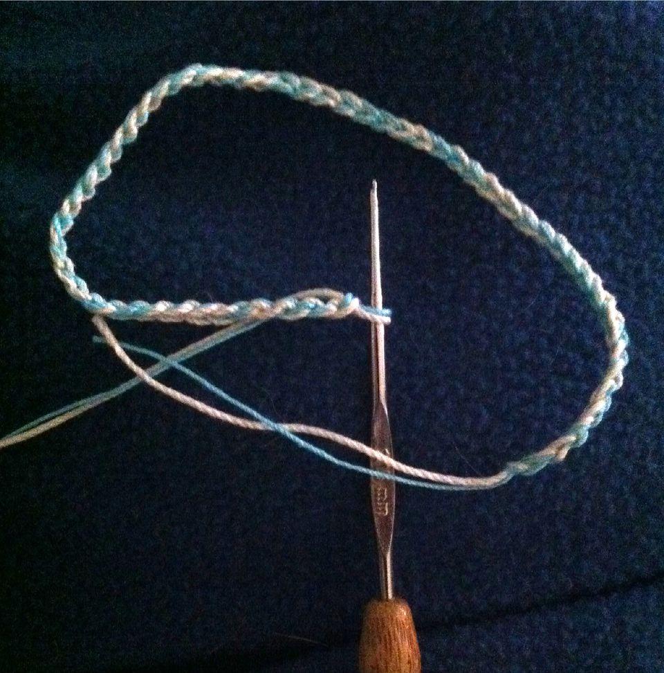 crochet-thread-bracelet.jpg