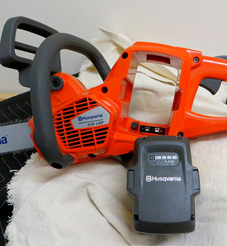 Husky electric chainsaw battery