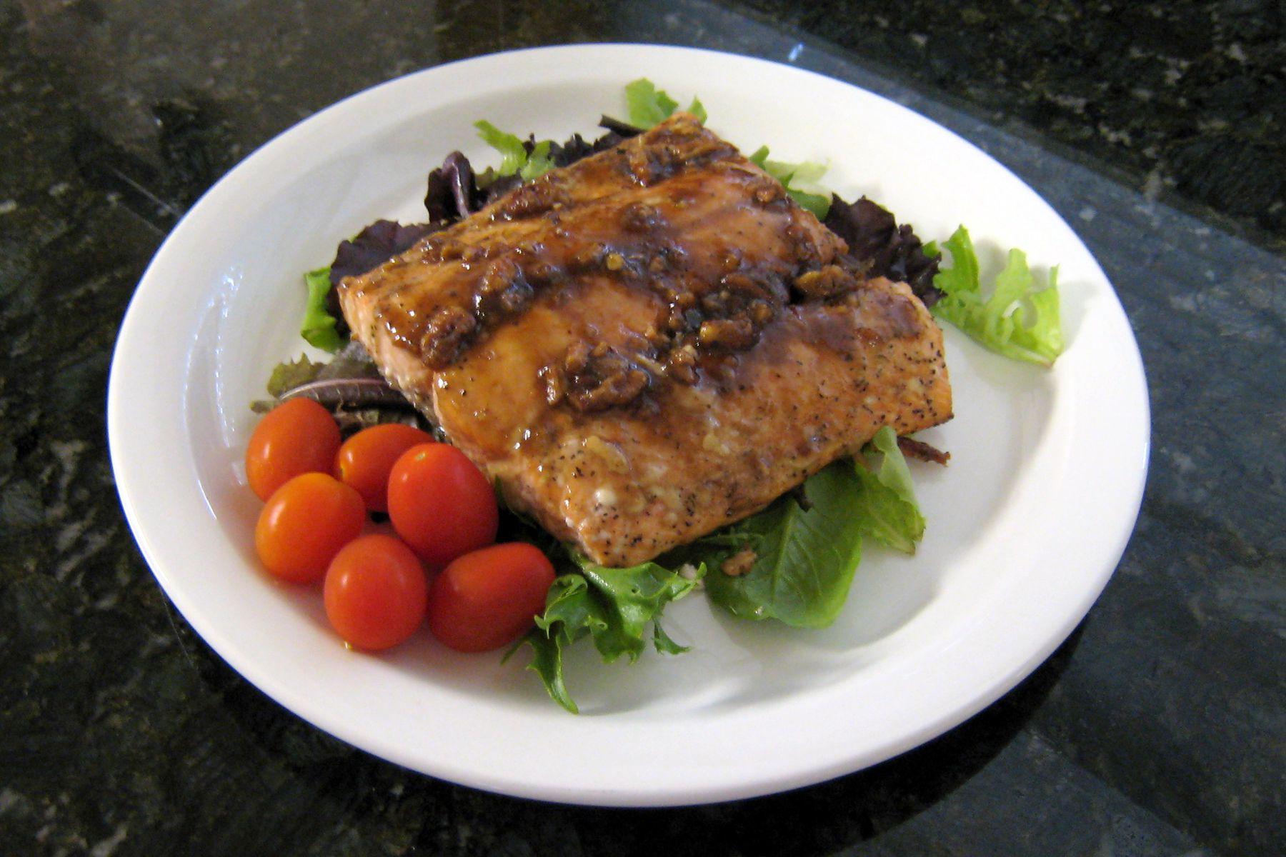 Kosher lemon garlic baked salmon fillet recipe salmon with brown sugar pecan glaze recipe ccuart Image collections