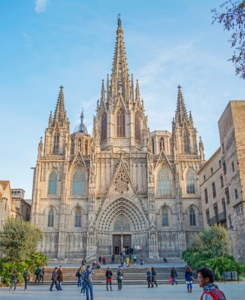 How to get from barcelona to san sebastian - Bus toulouse barcelona ...