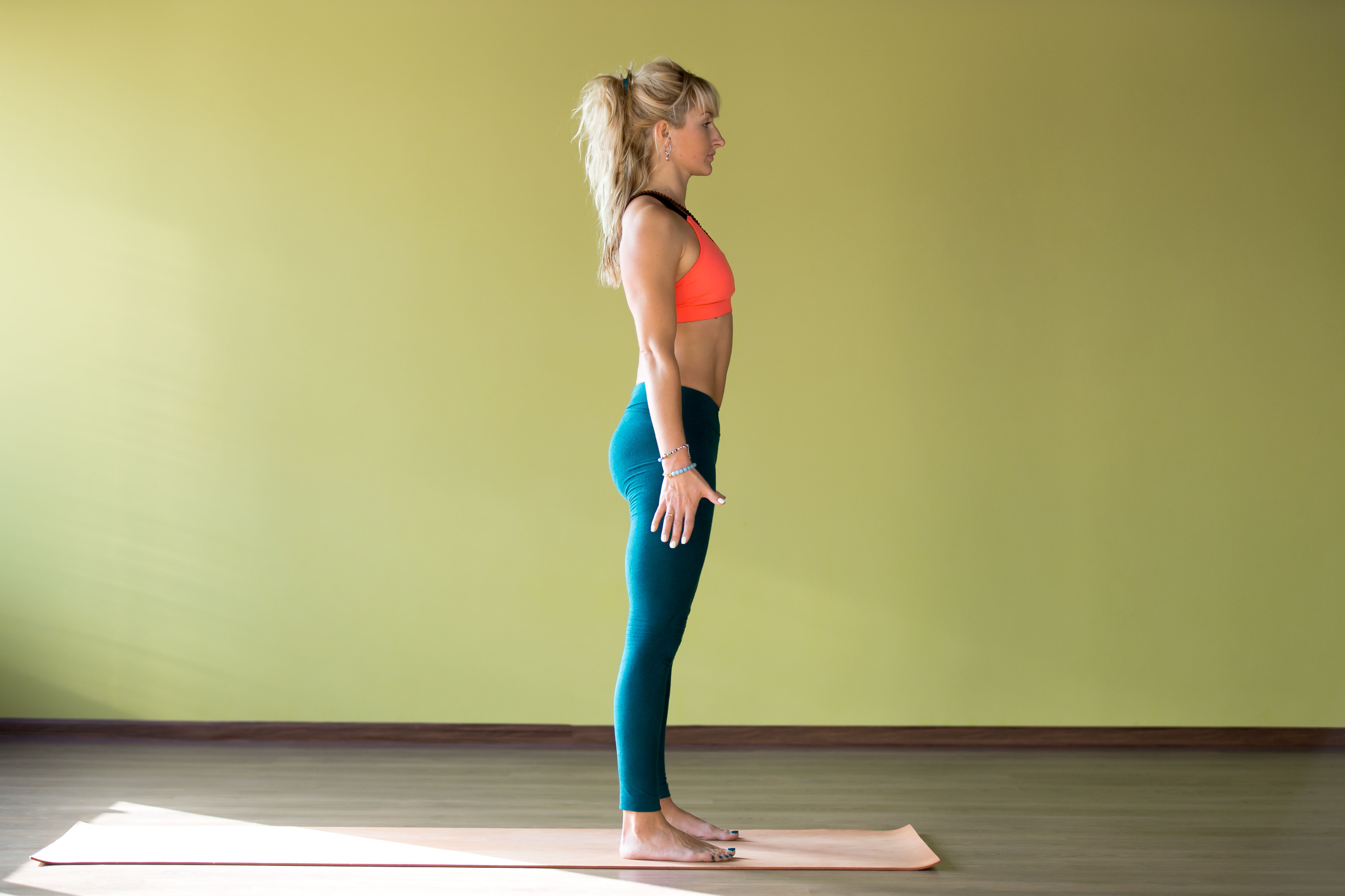Basic Leg and Hip Alignment for Posture and Exercise