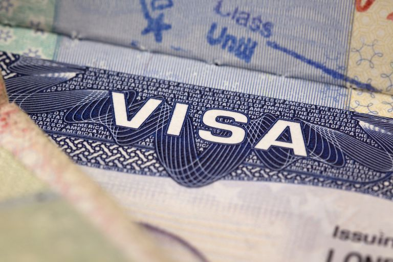 Una documentación fuerte puede evitar que se deniegue la visa en la entrevista consular