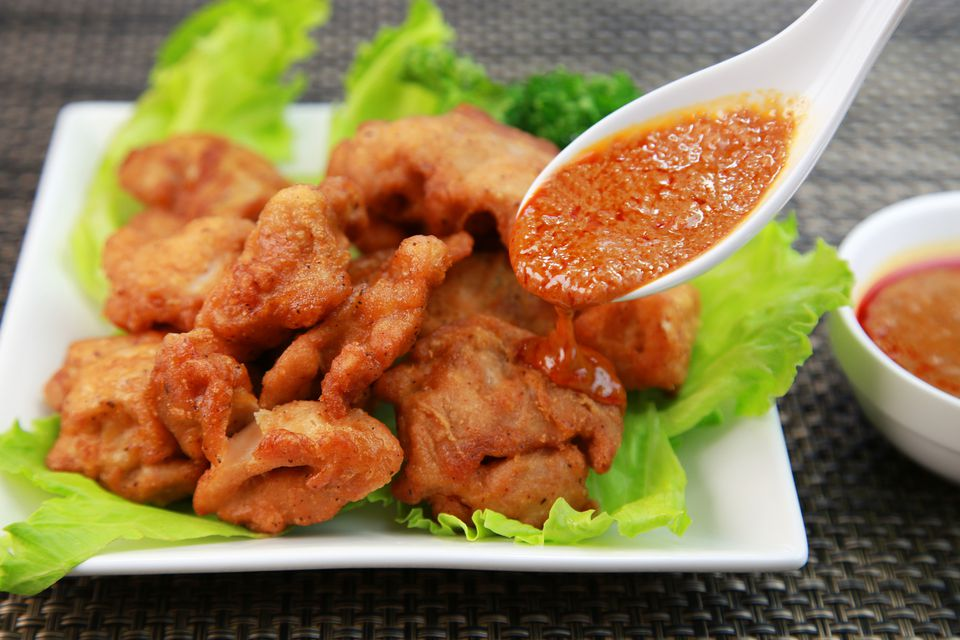 Chinese Spicy Sauce with Fried Chickens
