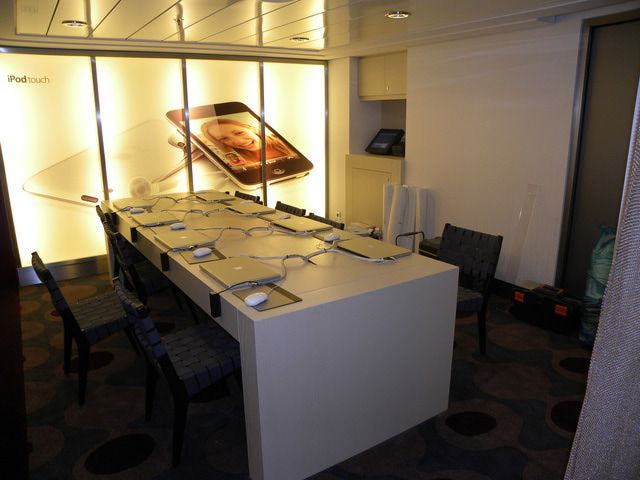 Internet at Sea: Internet & Phone Packages | Celebrity Cruises
