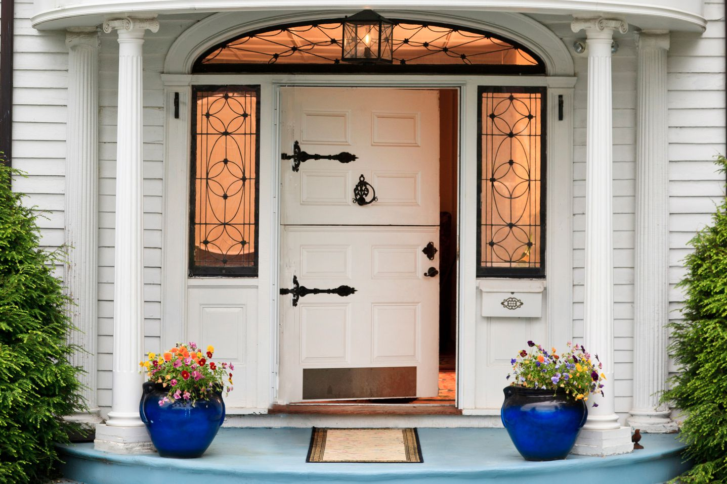 What makes a strong feng shui front door for Outside entrance doors