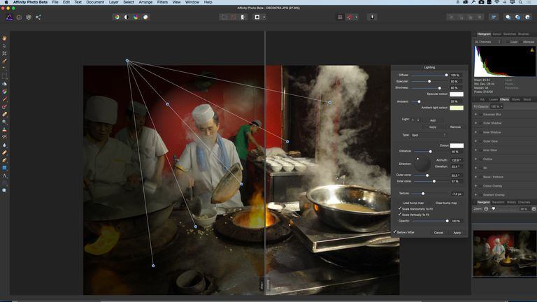 The image shows to split view feature of Affinity Photo and the application interface.