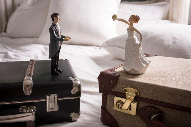 01-honeymoon-luggage.jpg