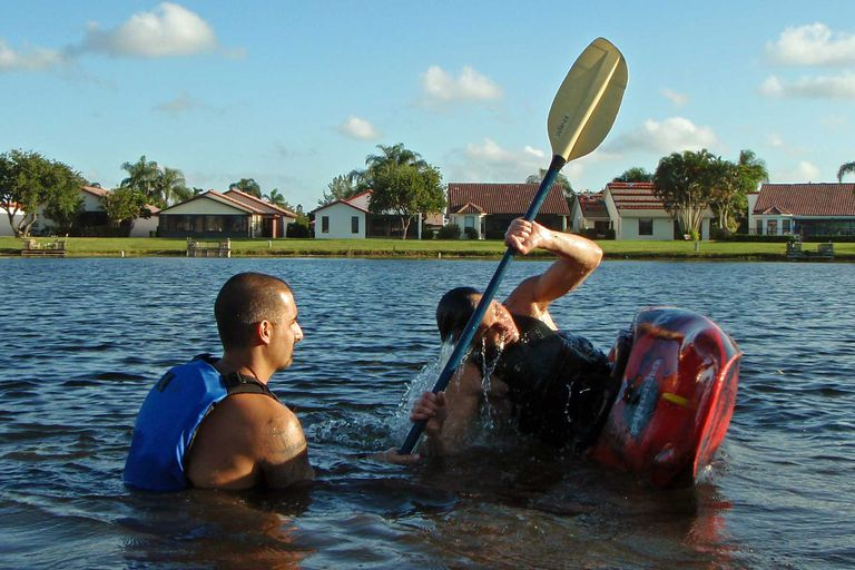 Training to roll a kayak
