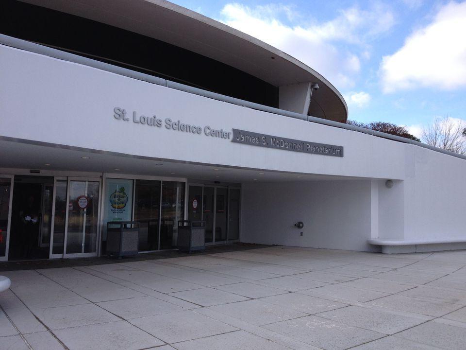 science-center-planetarium-outside2.jpg