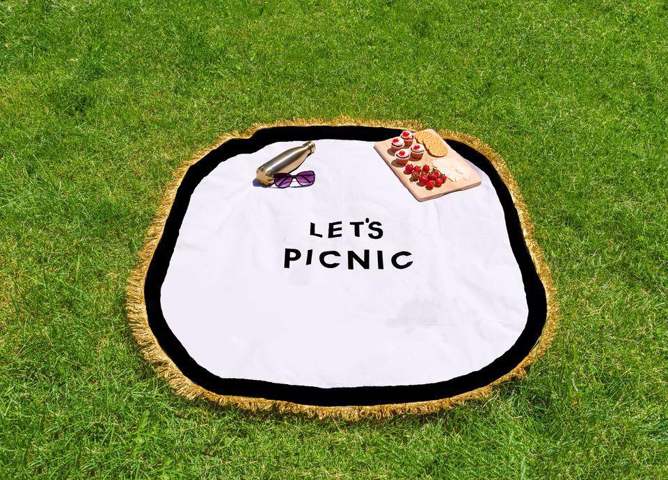 No-sew picnic blanket