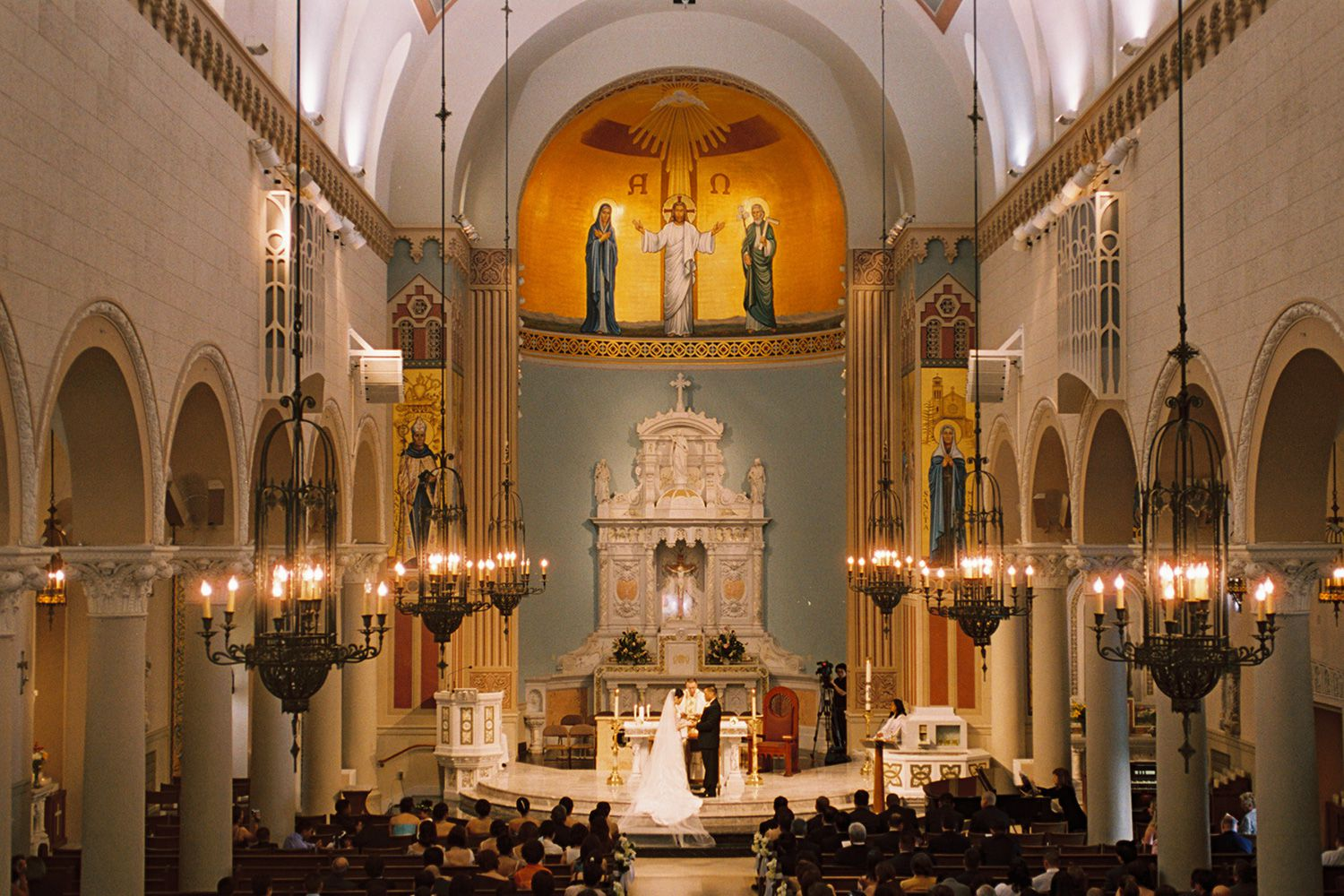 Getting Married In The Catholic Church: What's Required?