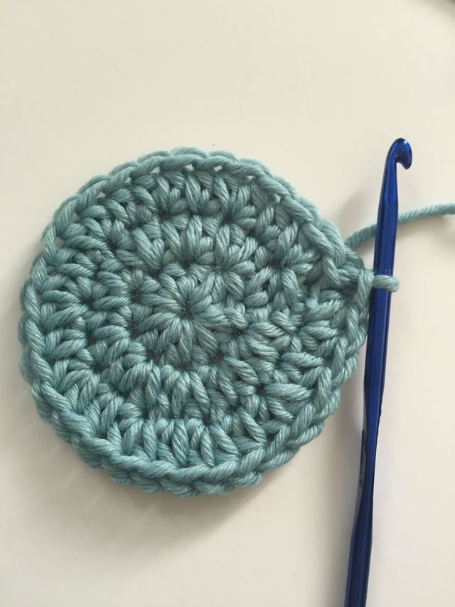 Half Double Crochet Circle, 3 Rounds