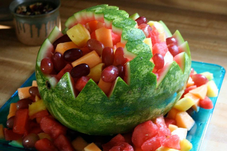 Watermelon Basket Party Decoration - Step by Step How To Cut A Watermelon Basket