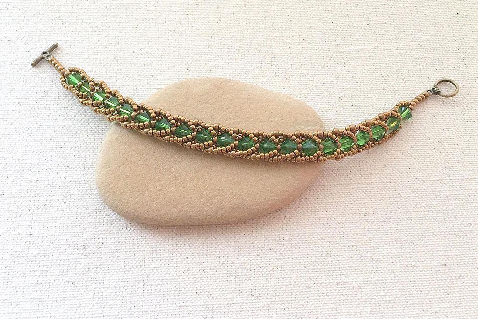 Flat Spiral Bracelet DIY