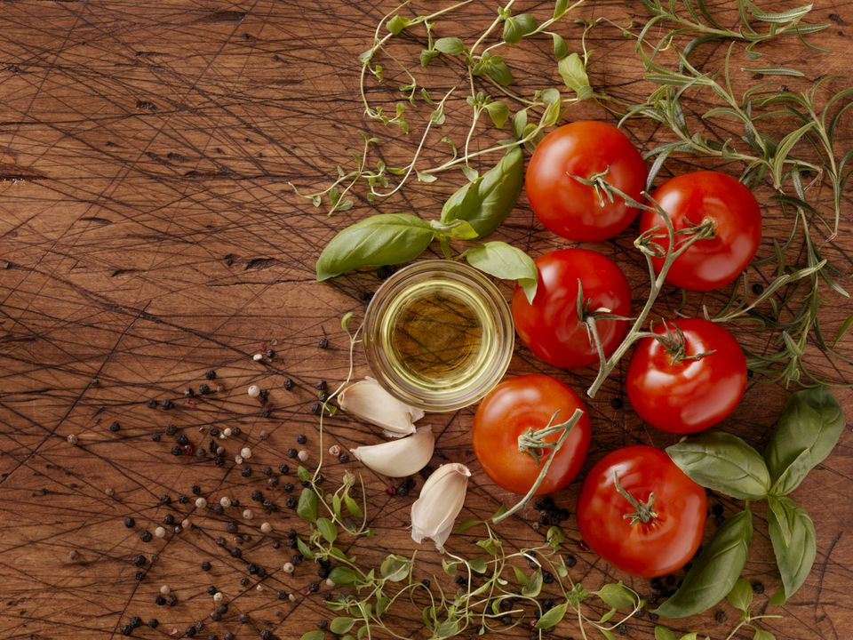 tomatoes, olive oil and spices