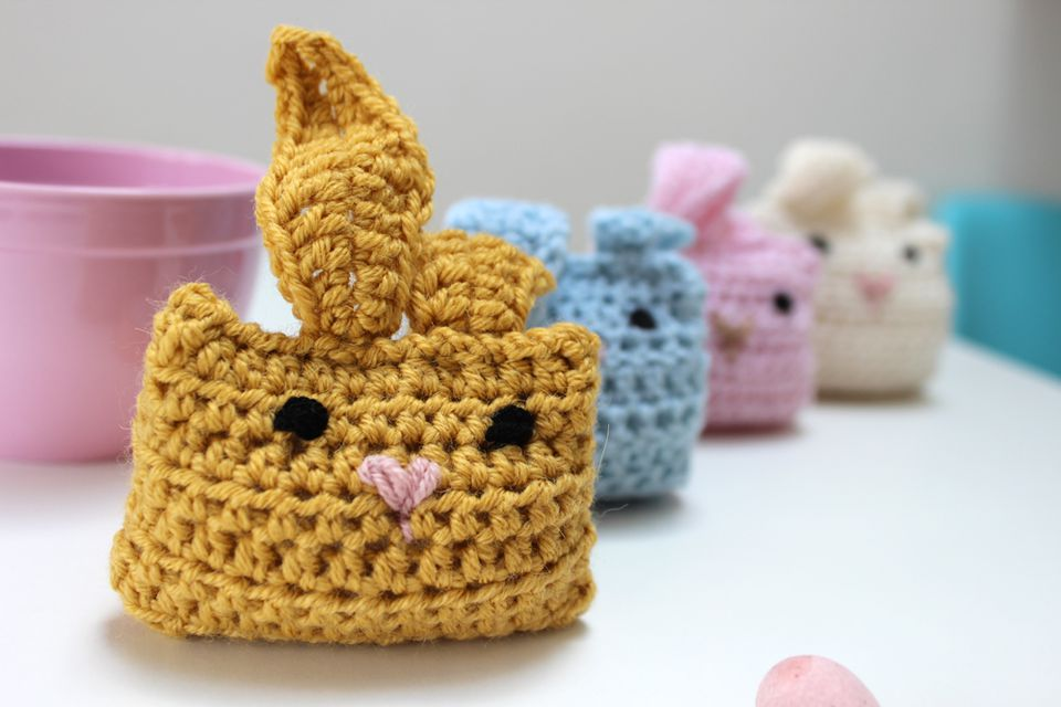15 bunny crochet patterns for easter easy crochet easter bunnies ccuart Choice Image