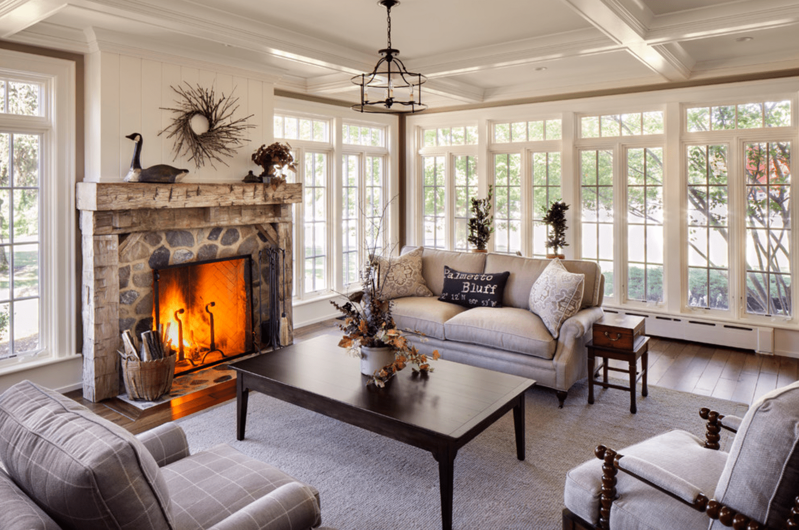 20  Farmhouse Style Living Rooms for Classic Farmhouse Living Room  557yll