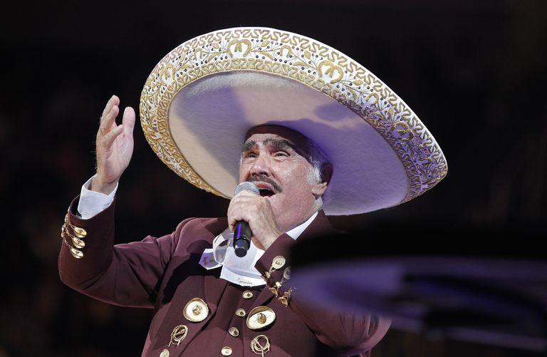 Vicente Fernandez In Concert - San Jose, CA