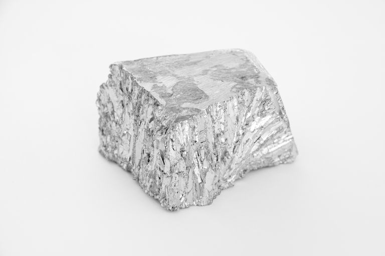 Zinc is an element that displays metallic character. It has a metallic luster, is hard, has high melting and boiling points, and forms cations.