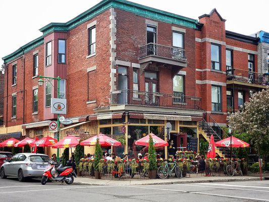 Corner lots in downtowns are always a good restaurant location