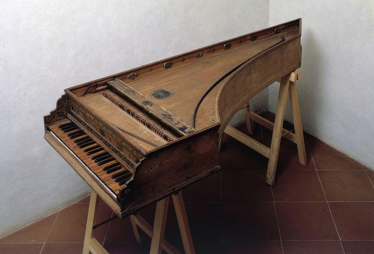 16th Century Harpsichord