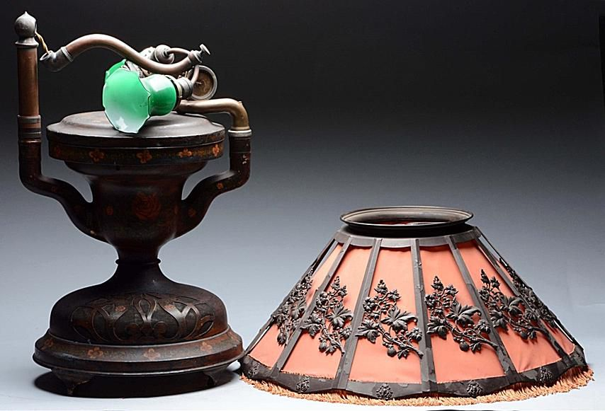 Fairy Phonolamp Tabletop Lamp and Phonograph