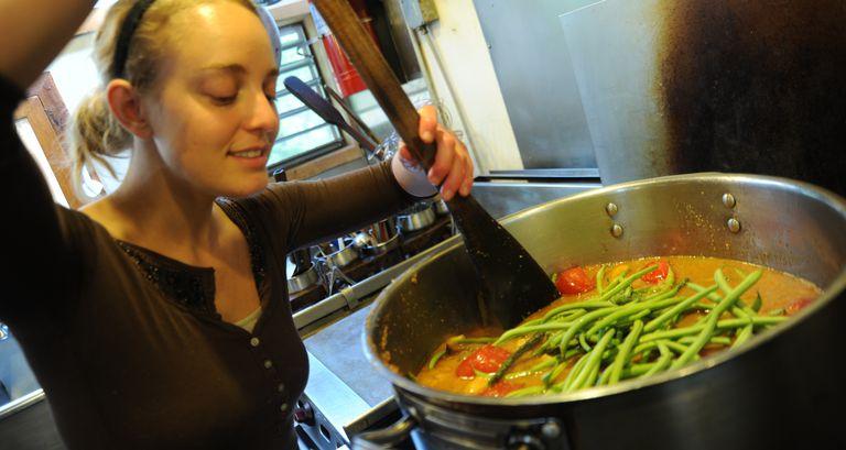 Cooking-meals-by-wonderland-Flickr.jpg