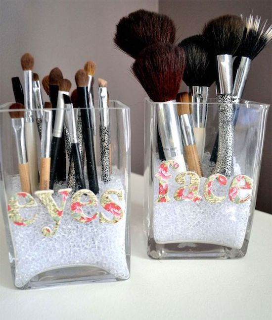 Brush organizer