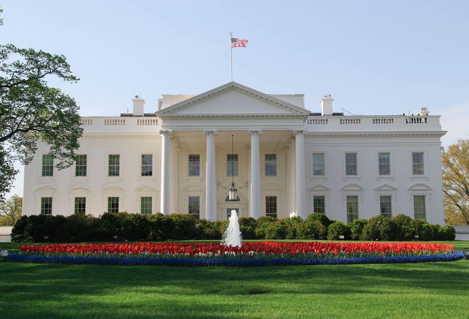 white-house-2.jpg