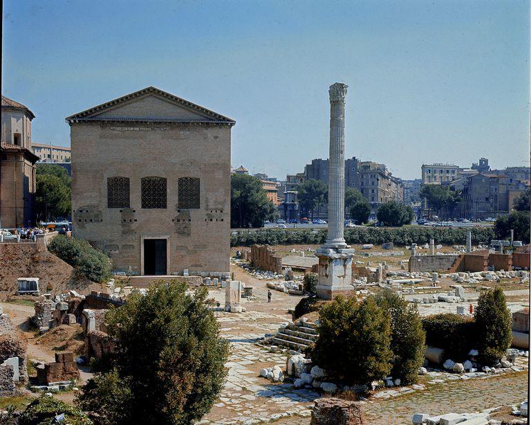 The Curia Hostilia, in the Roman Forum. Original senate house of Rome.